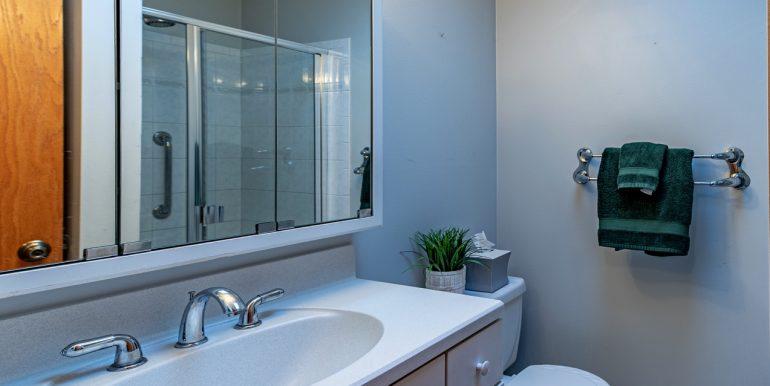 O Bath2515glendale