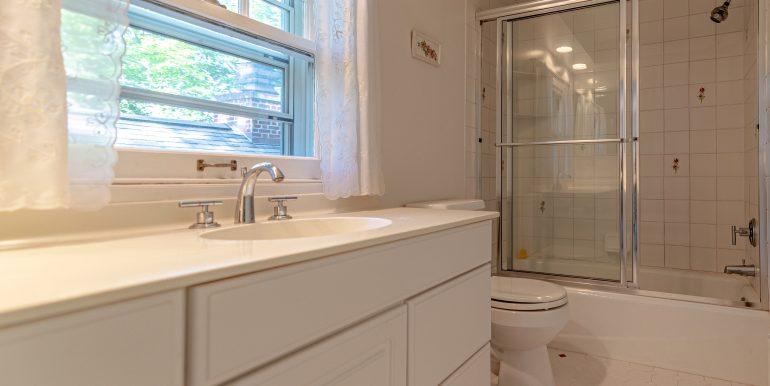 U Bath 1